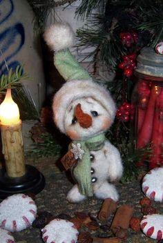 Frosty Fun Snowman Bear by By Patti Sikes of Patti's Ratties   Bear Pile