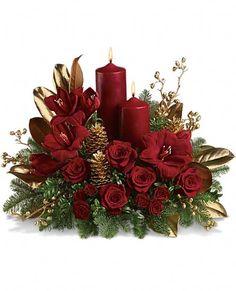Stunning Candlelit Christmas Flower Centerpiece Arrangement! | #christmasflowers #xmas #christmas