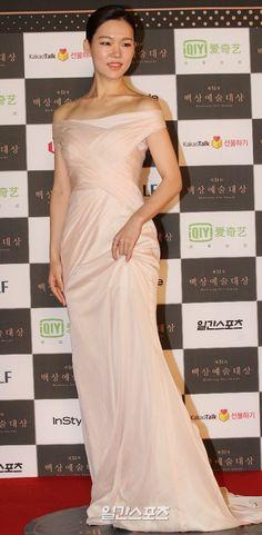 [2015.05.26] Han Ye Ri at the 2015 51st Paeksang Arts Awards