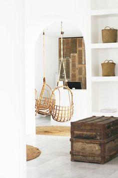 wohnzimmer einrichten wohnzimmermöbel hängekorbsessel
