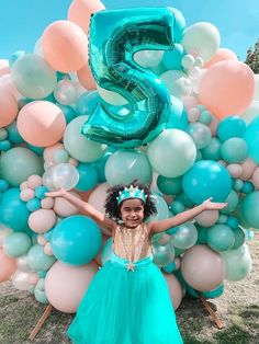 Turquoise and Pink Mermaid Birthday Party on Kara's Party Ideas | KarasPartyIdeas.com (5) Mermaid Party Decorations, Mermaid Parties, Balloon Decorations, Mermaid Balloons, Mermaid Kids, Sprinkle Party, Balloon Gift, Birthday Party Themes, 8th Birthday