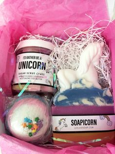 Giveaway Prize. Unicorn Bath Set