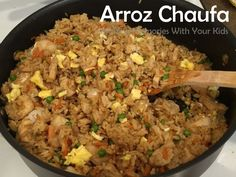 Arroz Chaufa - Peruvian Fried Rice {Peruvian Food}(Chicken Dishes With Rice) Rice Recipes, Mexican Food Recipes, New Recipes, Cooking Recipes, Favorite Recipes, Healthy Recipes, Ethnic Recipes, Bolivian Recipes, Water Recipes