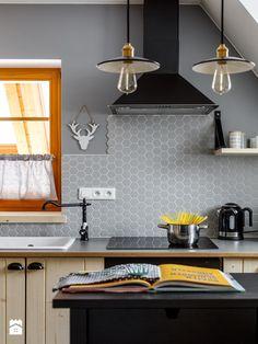 Apartament Przy lesie, Kościelisko - Średnia otwarta kuchnia jednorzędowa z wyspą, styl skandynawski - zdjęcie od www.tatrytop.pl