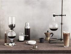 Really beautiful siphon coffee machine! Coffee Lab, I Love Coffee, Espresso Coffee, Drip Coffee, Coffee Time, Coffee Drinks, Coffee Cups, Coffee Maker, Coffee Lovers