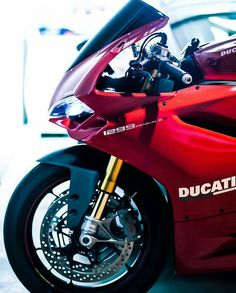 - ducatiobsession:   Passion Panigale by...