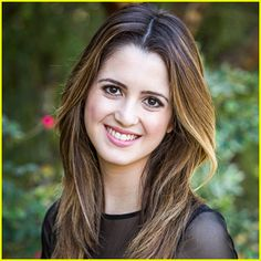 Laura Marano won the blimp for best tv actress at the 2015 KCA's Signed To Big Machine Records!