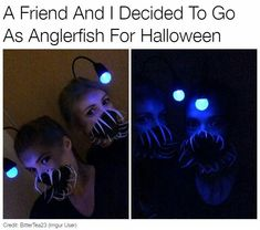 Have a bunch of slightly to moderately disturbing gifs and pictures. Funny Halloween Costumes, Halloween Cosplay, Cool Costumes, Halloween Makeup, Halloween Fun, Halloween Pranks, Zombie Makeup, Scary Makeup, Halloween Quotes