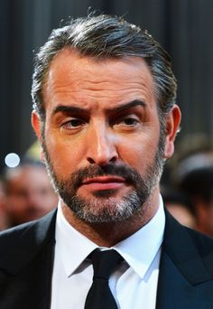 Jean's eyebrow does not approve Jean Dujardin, Michel, The Man, Beautiful Men, Eyebrows, Hollywood, Actors, Chic, Random