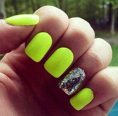 20 Cute Summer Nail Designs For 2019 While having an eye-catching manicure is a great idea all year round, theres something about summer that makes you feel more adventurous. Whether its embracing ultra-bright. Neon Yellow Nails, Bright Summer Nails, Cute Summer Nails, Neon Nails, Glitter Nails, Cute Nails, Bright Nails Neon, Stiletto Nails, Spring Nails