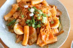 Yum!  Dukbokki!  One of my favorites, but I haven't made it with ramen noodles yet.  @Gregory Naughton make me this tonight!