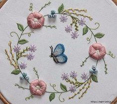 Объемная вышивка. Бабочки в вышивке гладью (4) (560x500, 187Kb)