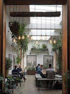 Cafe Shop Design, Coffee Shop Interior Design, Restaurant Interior Design, Home Interior, Store Design, Interior Decorating, House Design, Design Design, Nordic Interior