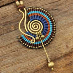 Collar de diseño tribal con algodón encerado por cafeandshiraz