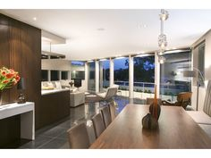 contemporary dining room - http://www.homehound.com.au/home+style/detail.php?id=765538