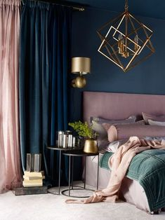 Navy Blue and Gold Bedroom Awesome Chambre Lit Chevet Decoration Draps Bedroom Bed Blue And Gold Bedroom, Teal Bedroom Decor, Blush Bedroom, Bedroom Green, Bedroom Colors, Bedroom Ideas, Bedroom Bed, Bedroom Inspo, Bedroom Furniture