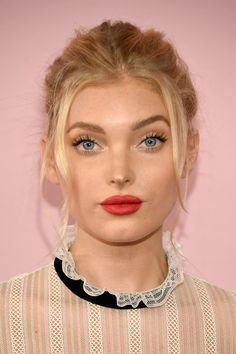 Elsa Hosk Messy Updo - Elsa Hosk styled her hair into a messy updo with face-framing tendrils for the 2017 CFDA Fashion Awards.
