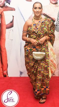 Stunning Kente Designs You Can't Ignore - Sisi Couture African Print Dresses, African Dresses For Women, African Print Fashion, Africa Fashion, African Prints, African Wear, African Attire, African Fashion Dresses, African Women