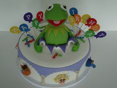 Mahna, Mahna! - Pumpkin spice choc chip cake with Earlene's cream cheese buttercream and covered in Fondx.  RKT Kermit the frog and 50/50 muppets.