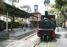 """Estación de Ferrocarril """"Las Adjuntas"""""""