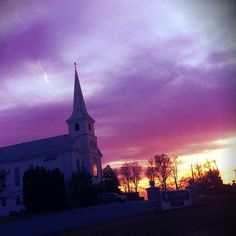 Another amazing iPhone 4 photo of a sunset in Chester County PA (Glenmoore).        sky | clouds | photography