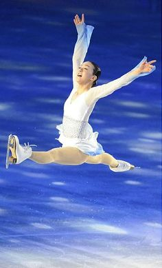 Mao Asada. My favourite ever female figure skater, encompassing skill and artistry in equal measures.