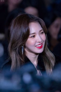 181120 KBS yeon-ye ga joong-gye, Guerilla Date - Recording Kpop Girl Groups, Korean Girl Groups, Kpop Girls, Singer Fashion, Forever Red, Wendy Red Velvet, Seulgi, Beautiful Gorgeous, Sensual