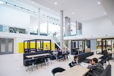 Hergebruik en nieuwbouw in Da Vinci College - Architectuur.nl