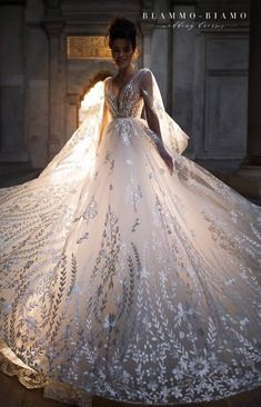 Wedding dress NILSA by Blammo-Biamo Princess wedding dress Wedding dress with long train Exclusive wedding dress Schöne Brautkleider Extravagant Wedding Dresses, Muslim Wedding Dresses, Princess Wedding Dresses, Dream Wedding Dresses, Bridal Dresses, Lace Wedding, Mermaid Wedding, Disney Inspired Wedding Dresses, Diamond Wedding Dress