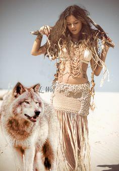 Beautiful Fairies, Beautiful Birds, Gothic Angel, Wolves And Women, Wolf Artwork, Native American Girls, Fantasy Wolf, Wolf Photos, Wolf Love