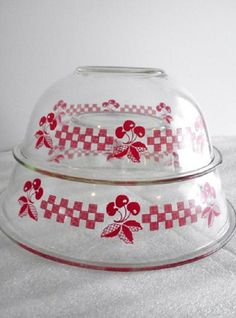 Vintage Pyrex Red Cherry Mixing