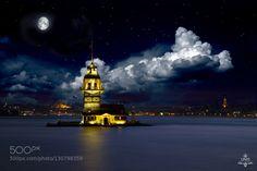 Istanbul Nights - Pinned by Mak Khalaf Follow me on Instagram: http://ift.tt/1NiGZ0M on facebook: http://ift.tt/1Nlxgv6 Fine Art architecturebluecitycloudsistanbullightmosquenightseaskysunsettravelturkeyİstanbul by Younisphotography