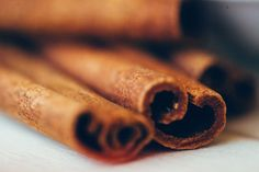 Cinnamon, spice and everything nice...how do you enjoy cinnamon? I like it in my Greek yogurt. Treat your taste buds with this sweet and savory spice and treat your body-BIG TIME!  SUPERPOWERS OF CINNAMON: