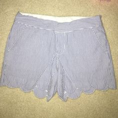 """Lily Pulitzer 5 """" Scallop Hem Shorts blue and white striped, very cute! good condition Lilly Pulitzer Shorts"""