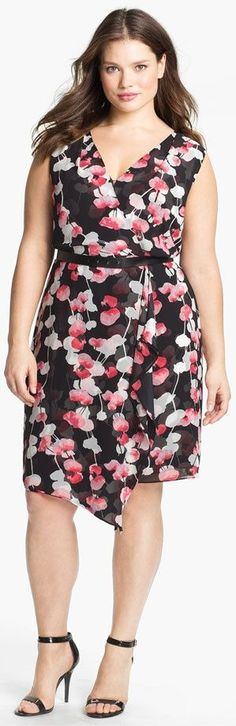vestido florido plus size