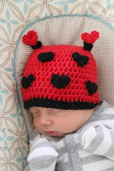 ChemKnits: Behind the Design of the Love Bug Hat