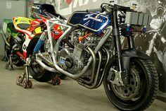 Black and Bike: November 2011