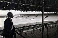 ♠ Bill Shankly on the Spion KOP, 21st August 1964 #LFC #History #Legends