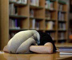 The Power Nap Head Pillow - Hammacher Schlemmer. Or How you can pretend you are an Ostrich! Lifehacks, The Ostrich, Hammacher Schlemmer, Cool Inventions, Take A Nap, Tricks, Just In Case, Bean Bag Chair, Geek Stuff
