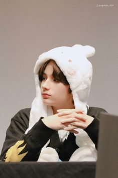 Kai, K Pop, Cat Dog, Fandom, Shows, Korean Boy Bands, Boy Groups, Cute, Wallpaper