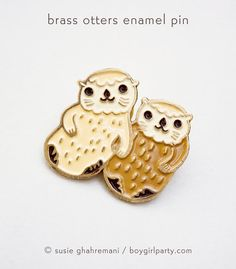 Otters Holding Hands Enamel Pin - Otter Pin - Otter Jewelry otter lapel pin otter enamel pin - sea otter pin - cute pins