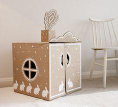 DIY cardboard play house / Oh la belle maison en carton! Cardboard Box Houses, Cardboard Playhouse, Cardboard Crafts, Painted Playhouse, Cardboard Rocket, Cardboard Car, Cardboard Design, Cardboard Furniture, Diy With Kids