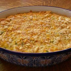 Ritz Zucchini Cheddar casserole Recipe - very similar to my Mom's recipe. Use Town House crackers instead of Ritz and shred the zucchini, that way you don't have to saute it. May need to cook a little longer since you don't saute the zucchini first. Veggie Side Dishes, Vegetable Dishes, Side Dish Recipes, Vegetable Recipes, Food Dishes, Vegetarian Recipes, Cooking Recipes, Healthy Recipes, Ham Recipes