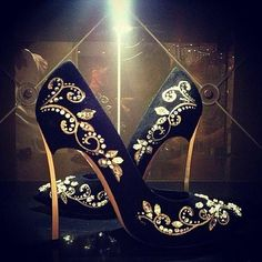 Oh my god!!! Those are just gorgeous!!! They're like a piece of art!!!! Just gorgeous!!!
