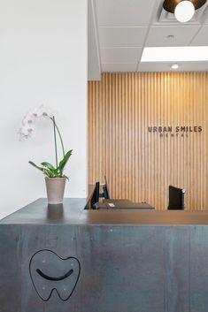 Urban Dental — Office By Design Dental Office Decor, Medical Office Design, Dental Offices, Healthcare Design, Showroom Interior Design, Modern Interior Design, Design Offices, Modern Offices, Dental Design