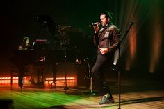 "♥ Tonanni libera vídeos do ""Piano Pop Ao Vivo"" ♥  http://paulabarrozo.blogspot.com.br/2015/09/tonanni-libera-videos-do-piano-pop-ao.html"