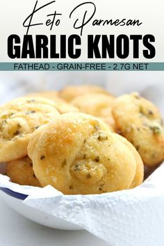 Keto Garlic Parmesan Knots Low carb garlic parmesan rolls make the best accompaniment to your favourite healthy soup or stew. Make this easy low carb rolls recipe, then serve the garlic rolls hot out. Keto Foods, Ketogenic Recipes, Ketogenic Diet, Keto Diet Plan, Foods To Eat, No Bread Diet, Keto Bread, Sourdough Bread, Yeast Bread