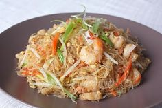 Fried Glass Noodles/Fried Tang Hoon (tanghoon, chicken breast, carrot, onion, garlic, bean sprout, egg, shrimp, spring onion + oyster sauce, soy sauce, fish sauce, sugar, salt, pepper, stock)