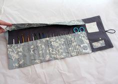 created blissfully: Crochet Needle Case