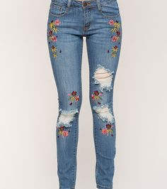 Home - Spot Pop Fashion Denim Jeans, Ripped Jeans, Jeans Pants, Skinny Jeans, Shorts, Pop Fashion, Denim Fashion, Fashion Outfits, Womens Fashion